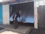 подъемные гаражные ворота своими руками видео