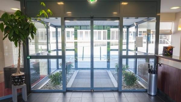 Примеры цен на автоматические раздвижные двери
