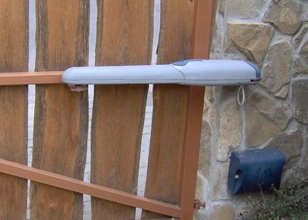 автоматика для распашных ворот nice Wingo